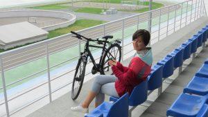 Пані Ольга - бізнес леді на велосипеді