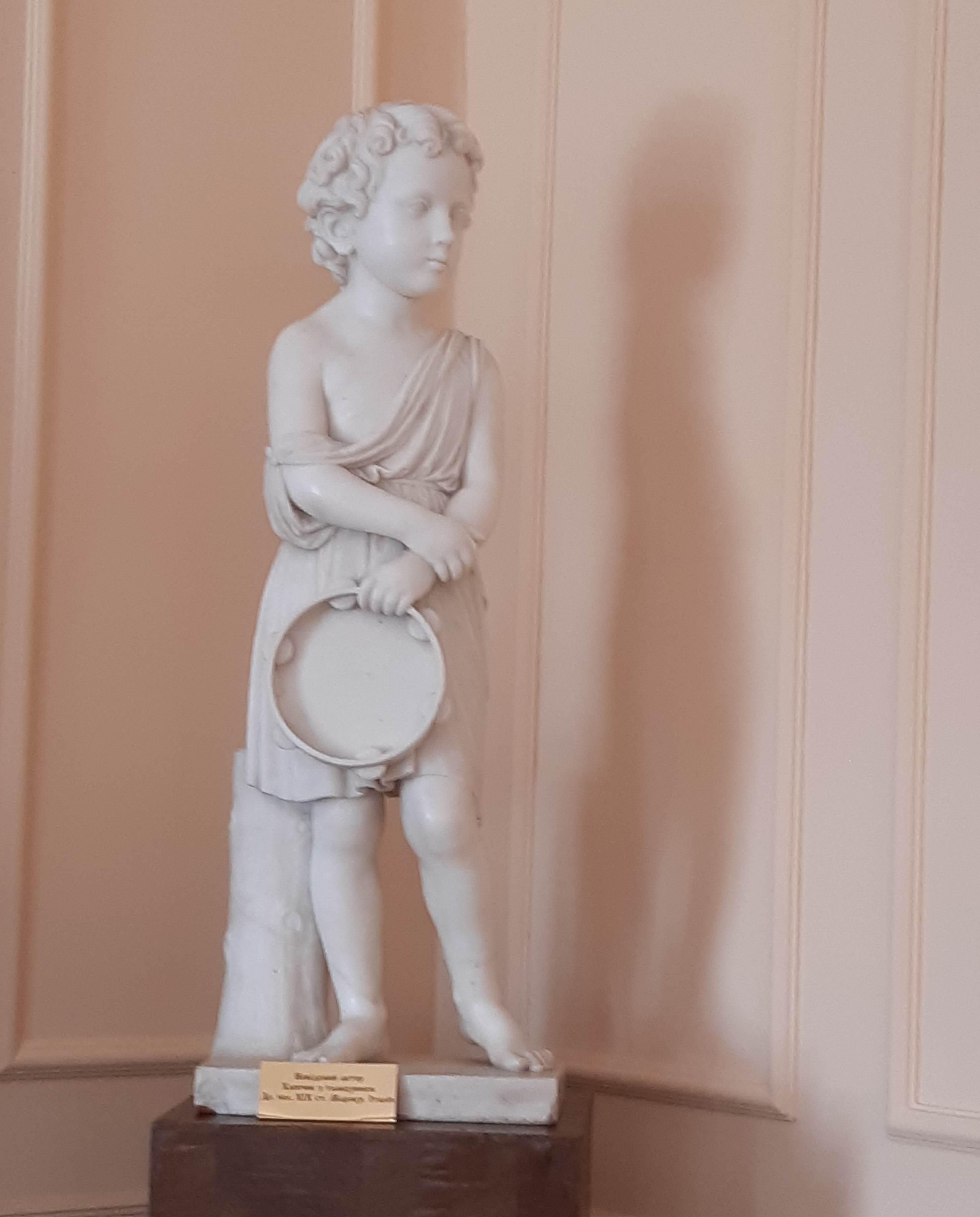 Хлопчик з тамбурином - експонат - оригінал колекції Тарновських