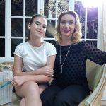 Наталка - ведуча, а її донечка Софійка - наша нова асистентка
