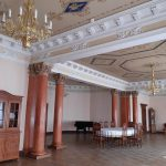 Велика обідня зала в палаці
